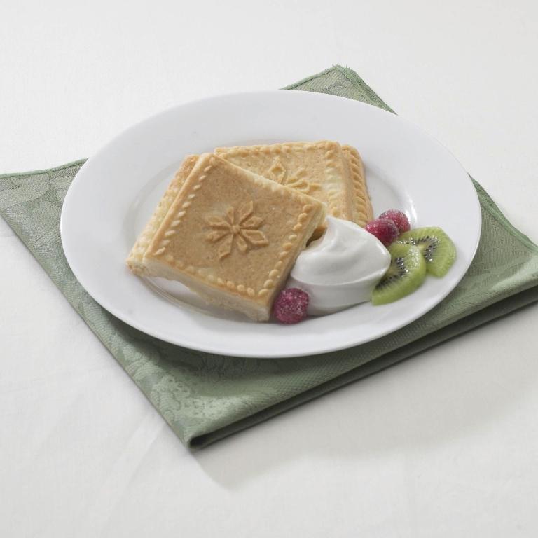 Nordic Ware Snowflake Shortbread Pan Country Lane Kitchens